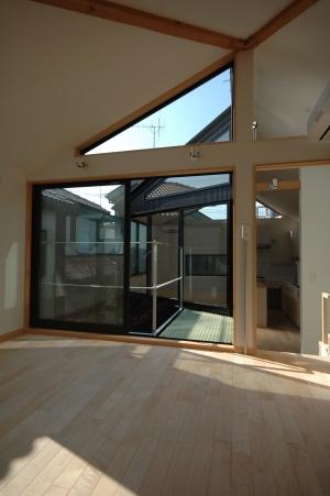 18坪の土地に建つ中庭型住宅の部屋 子供部屋