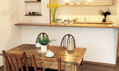 オープンハウスでのアンティーク家具・雑貨コーディネート〜高原の中の家〜 (ダイニング・キッチン)