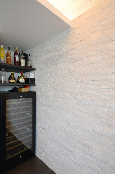 BISTROハウス (BISTROハウス~卓越した家庭料理とワインが愉しめる家~)