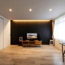 アートリフォームの住宅事例「上質キッチンが映えるシンプル&モダンな空間」