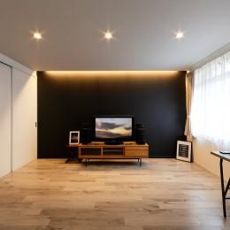上質キッチンが映えるシンプル&モダンな空間 (上質な空間にした寝室スペース)