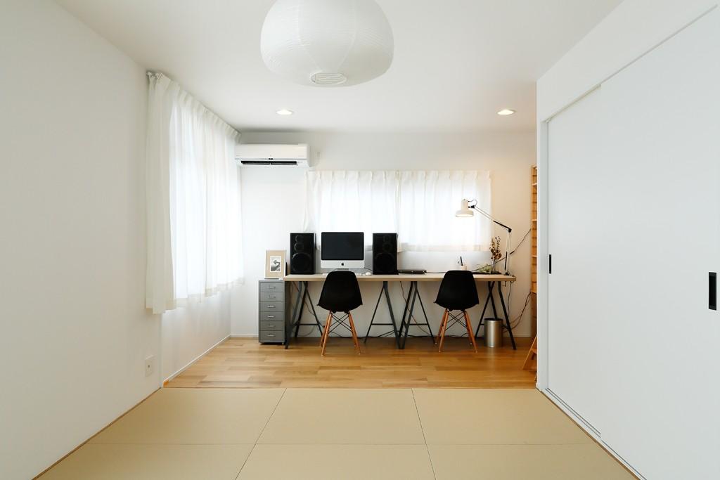 その他事例:モダンな和室(中古戸建を、木と土間とアトリエがあるシンプル空間に)