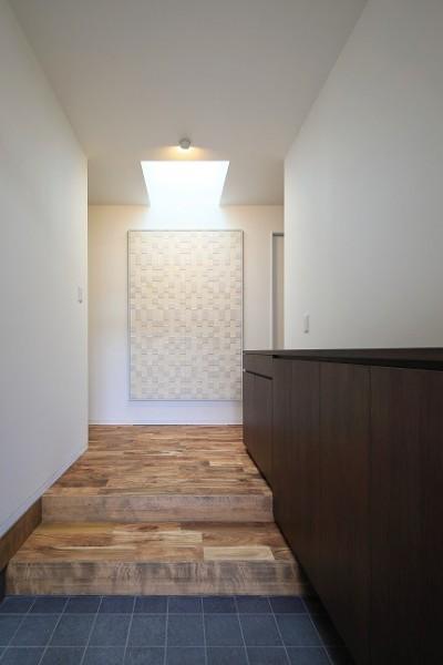 玄関 (五十町の家~家族がくつろぐ家~)