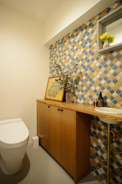 トイレ (『a continue』 ― 「これから」を描く部屋)