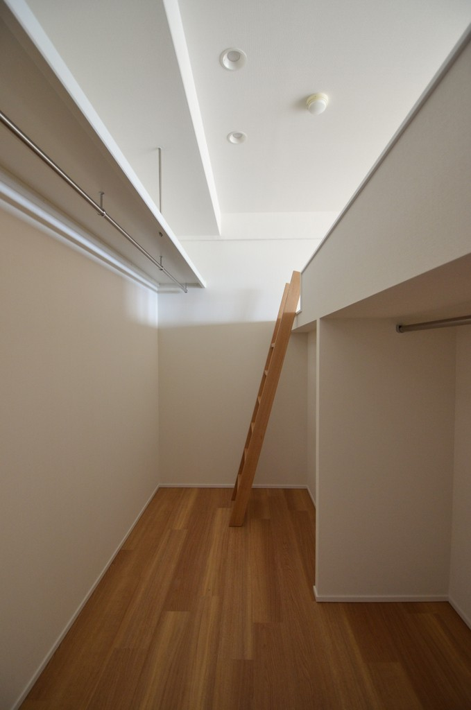 大人のコンクリート空間 (大人のコンクリート空間)