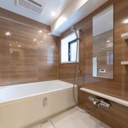 ハンモックのある部屋 (お風呂)