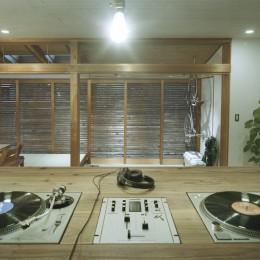 O邸-趣味とともに暮らす。リビングを充実した生活空間に