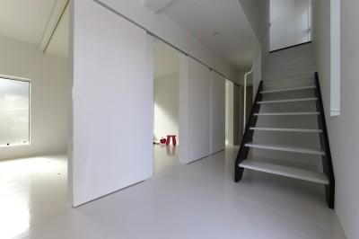 1階の子供室 (2階リビングの家 ハコノオウチ08)