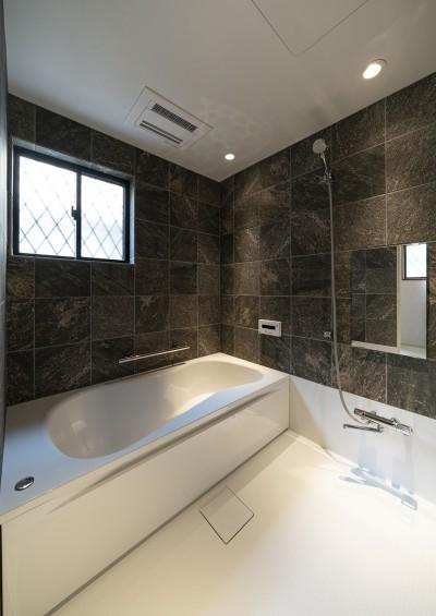 豊中の家(リノベーション) (浴室)