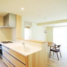 珪藻土の自然素材リフォーム (木の造作キッチン)