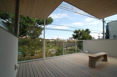 帝塚山の家 (池を望むテラス)
