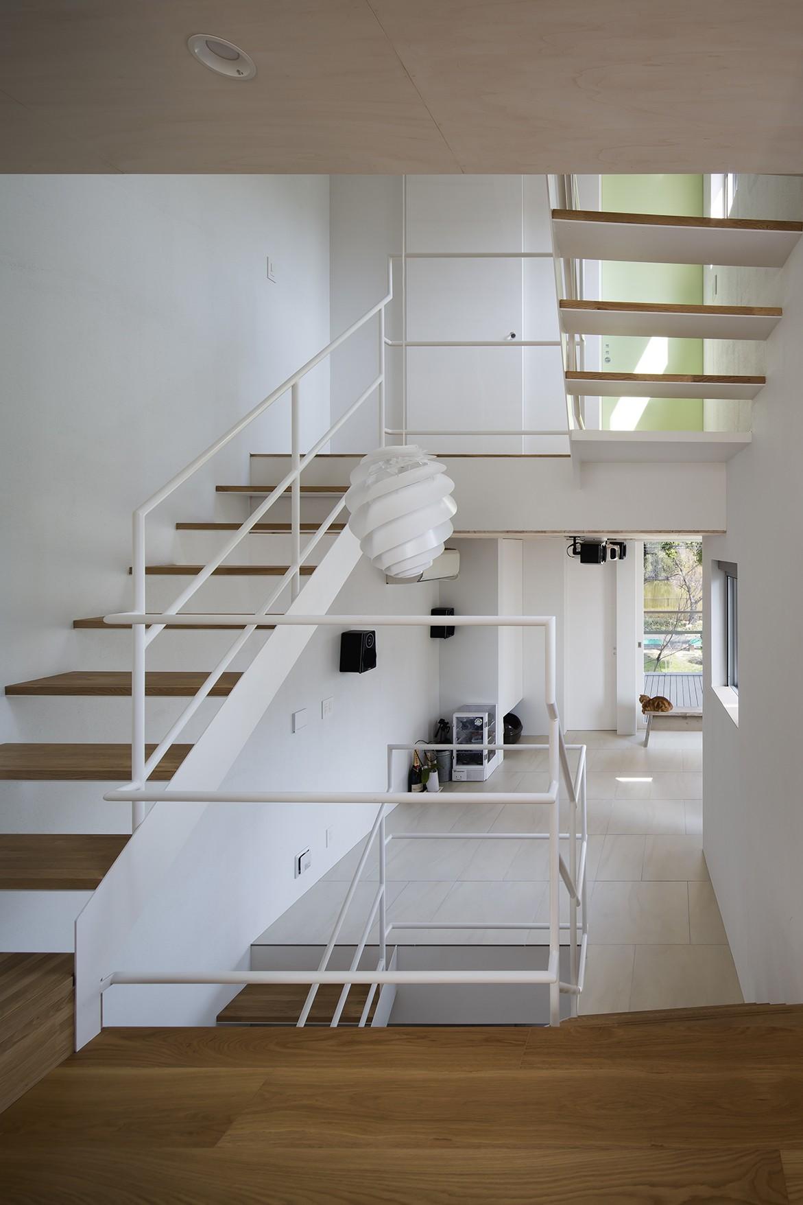 その他事例:吹抜階段(帝塚山の家)