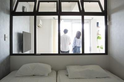 ふたりだけの景色 寝室からリビングとバルコニーからの景色も見えます。 (ふたりだけの景色)