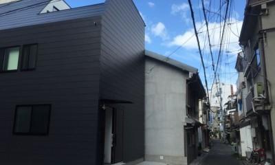 天神橋の家:屋上テラスのある都市住宅