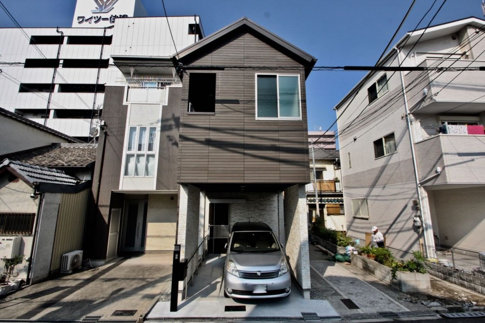 住吉の住宅:実家の建替え (外観)