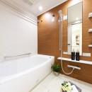 子ども部屋の実現はもちろん、新旧を巧みに調和させながら華やかさを演出した住まいの写真 バスルーム