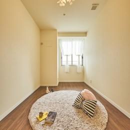 子ども部屋の実現はもちろん、新旧を巧みに調和させながら華やかさを演出した住まい