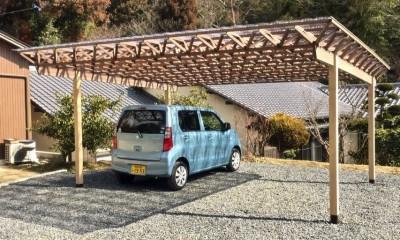 生駒山荘の別荘リノベーション(外国人家族):大阪 中古住宅のリノベーション (ガレージ)