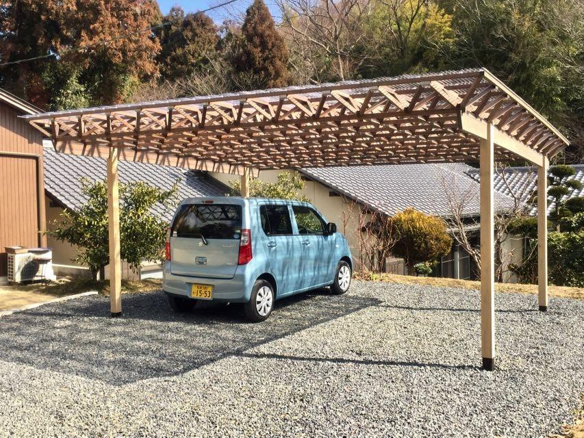 生駒山荘の別荘リノベーション(外国人家族):中古物件のリノベーション (ガレージ)