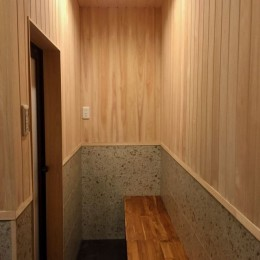 生駒山荘の別荘リノベーション(外国人家族):大阪 中古住宅のリノベーション (脱衣室)