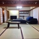 生駒山荘の別荘リノベーション(外国人家族):大阪 中古住宅のリノベーションの写真 和室リビング