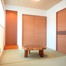 小上がり畳の寝室のあるお家の写真 和室