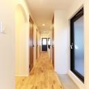Natural Cute~無垢材×DIY塗装でオンリーワンな空間を~の写真 廊下