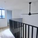 三国の住宅:都心に暮らす家族5人の家の写真 2階廊下