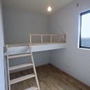 三国の住宅:都心に暮らす家族5人の家の写真 2階子供部屋