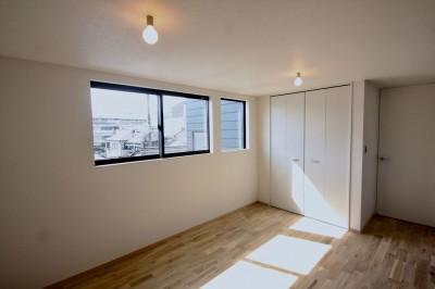 3階主寝室 (三国の住宅:大阪のデザイン住宅 3階建て)