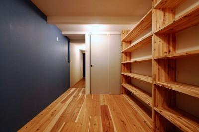 玄関 (阿倍野の住宅:大阪の狭小住宅 3階建て)