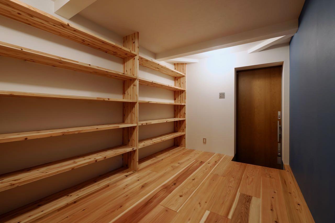 玄関事例:玄関(阿倍野の住宅:大阪の狭小住宅 3階建て)