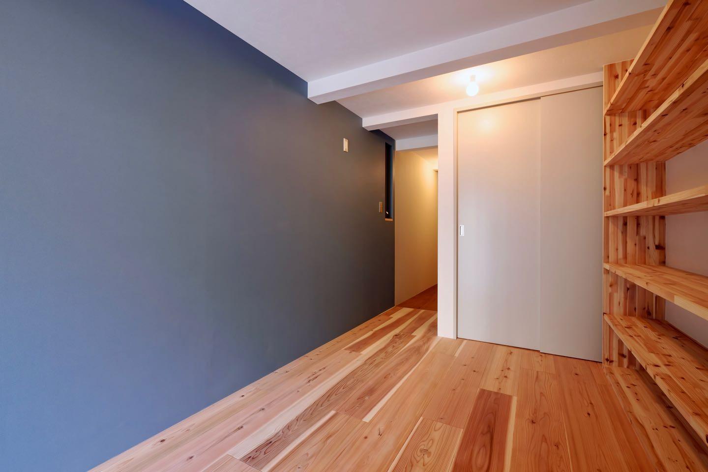 玄関事例:玄関(阿倍野の住宅:狭小間口の3階建て住宅)