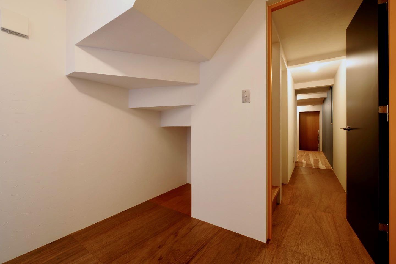 ベッドルーム事例:1階寝室(阿倍野の住宅:狭小間口の3階建て住宅)