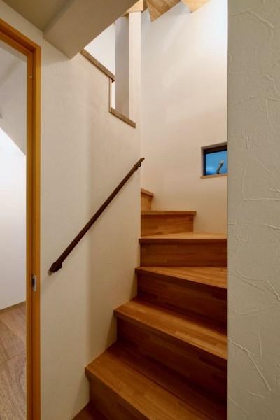 1階階段 (阿倍野の住宅:大阪の狭小住宅 3階建て)