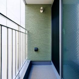 阿倍野の住宅:狭小間口の3階建て住宅 (2階ベランダ)