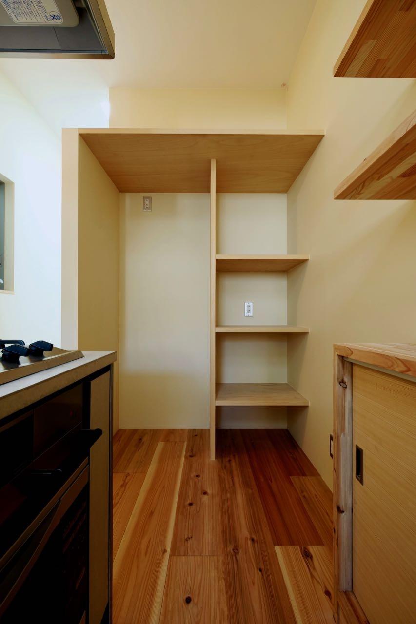 キッチン事例:3階キッチンスペース(阿倍野の住宅:狭小間口の3階建て住宅)