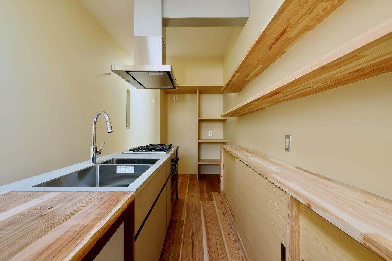 キッチン事例:3階キッチン(阿倍野の住宅:大阪の狭小住宅 3階建て)