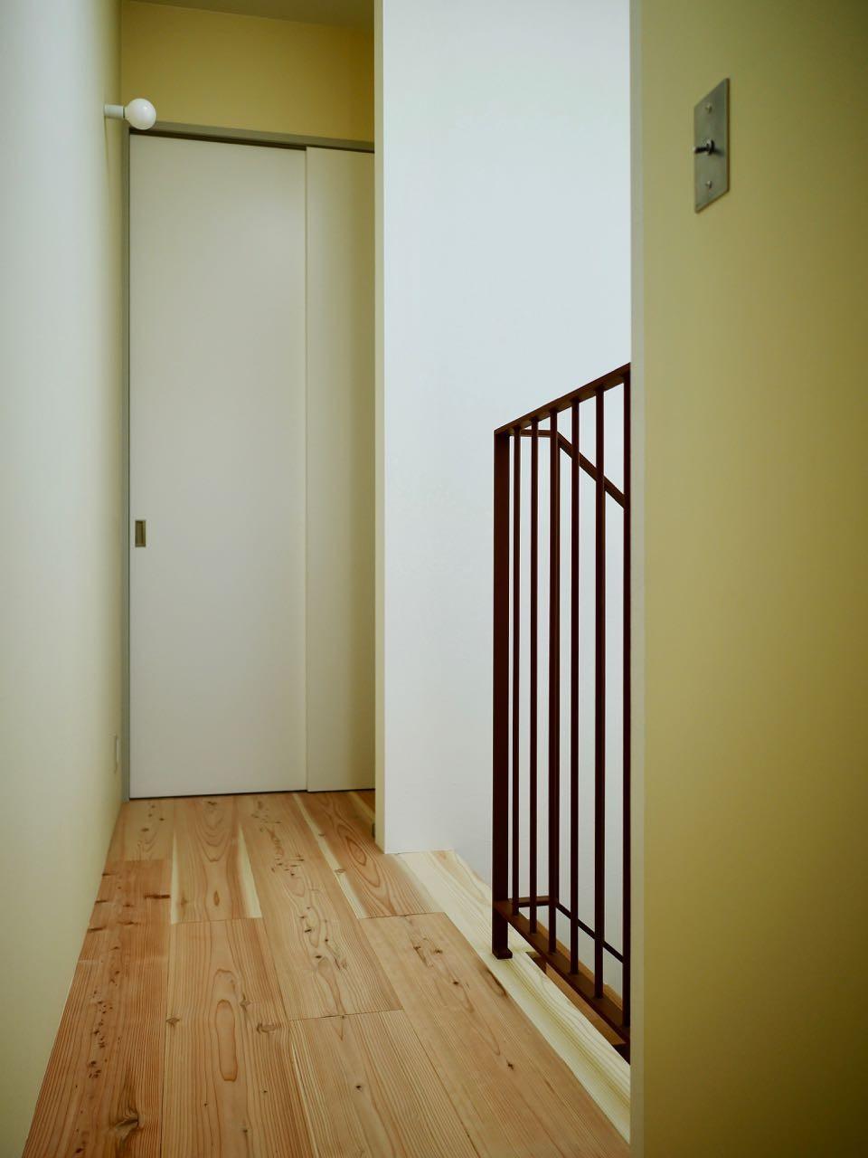 その他事例:3階階段(阿倍野の住宅:狭小間口の3階建て住宅)