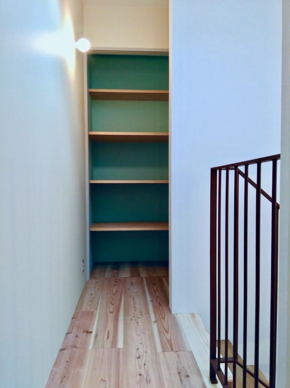 阿倍野の住宅:大阪の狭小住宅 3階建て (3階パントリー)