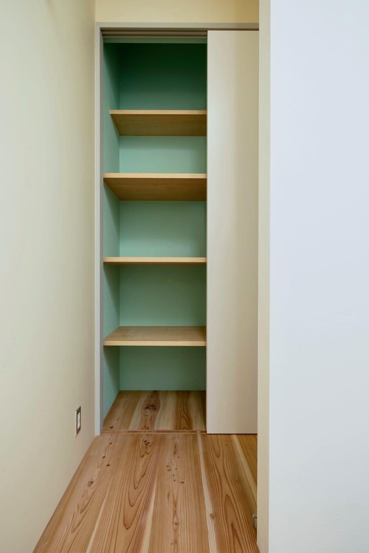 収納事例:3階パントリー(阿倍野の住宅:狭小間口の3階建て住宅)