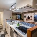 アウトドアリビングの暮らしを楽しめる家の写真 キッチン