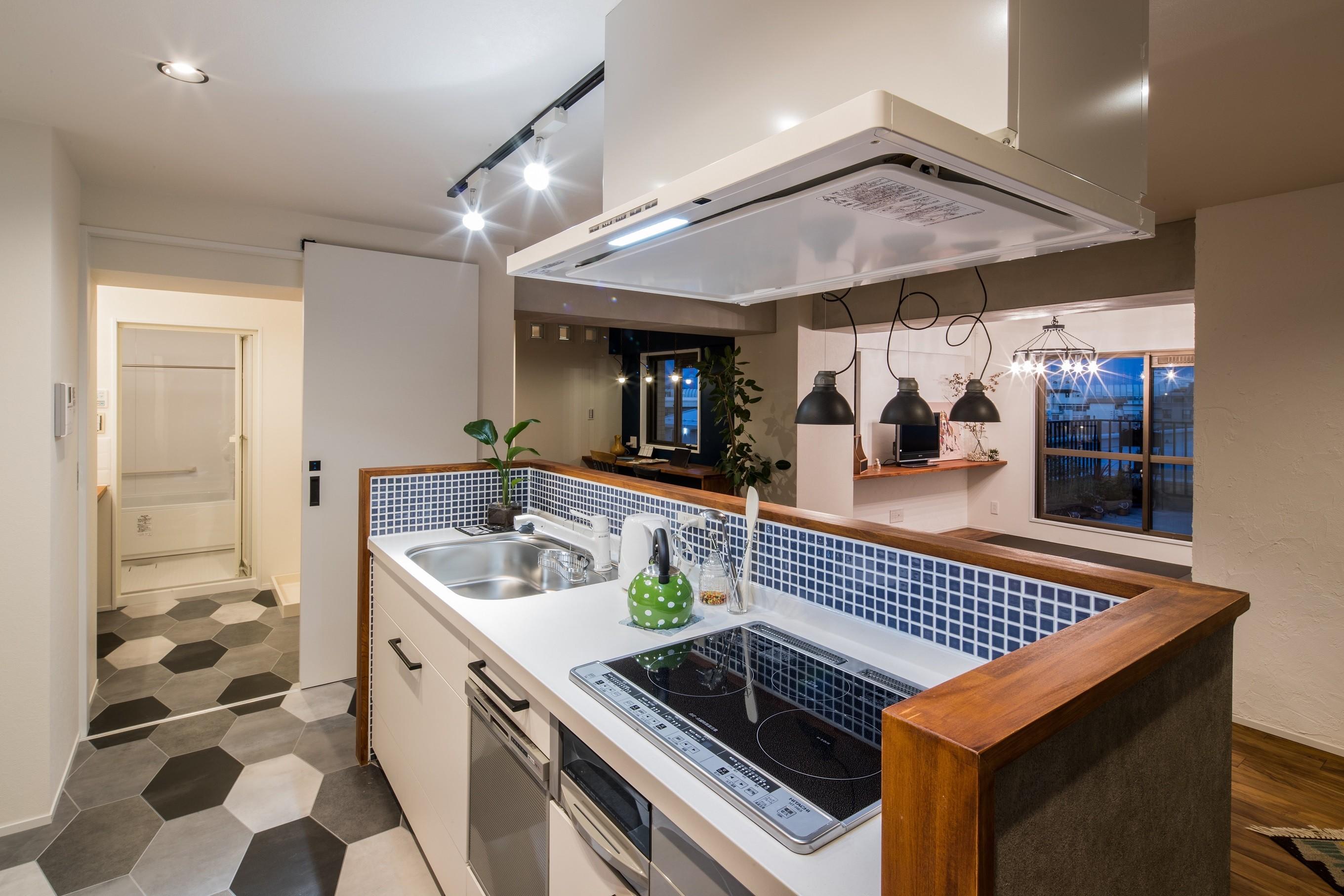 キッチン事例:キッチン(アウトドアリビングの暮らしを楽しめる家)