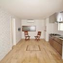 築44年の中古住宅 (戸建て) をフルリノベの写真 ブリックタイルを貼ったリビングダイニングキッチン