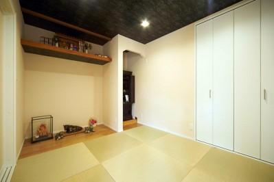 和室 (多様性リノベーション~個々の空間も確保しつつ、集う場を広く~)