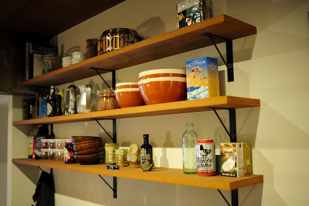 キッチン事例:キッチン(セットアップされた組み合わせの中に自分仕様のアレンジを施す、居心地の良い空間)