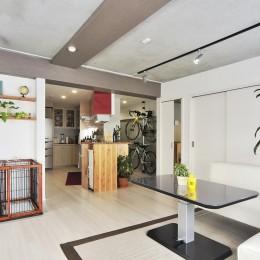 ホワイトスタジオ (リビング&キッチン)