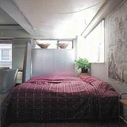 大理石モザイク床にしたスタイリッシュなメゾネットマンション改装