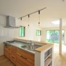 葉山JICCA プロジェクト 築43年の木造住宅をフルリノベーションの写真 キッチン
