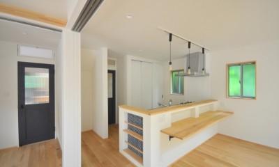 葉山JICCA プロジェクト 築43年の木造住宅をフルリノベーション (キッチン)